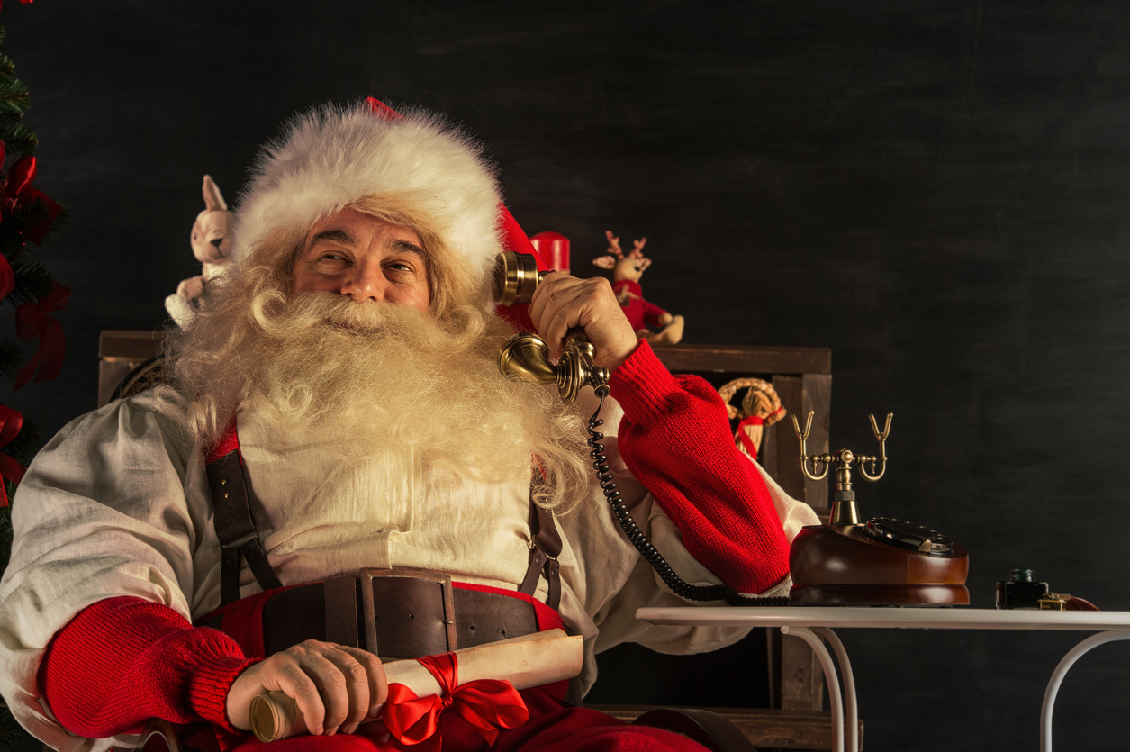 Santa Hotline: Give the North Pole's Professional Answering Service a Jingle