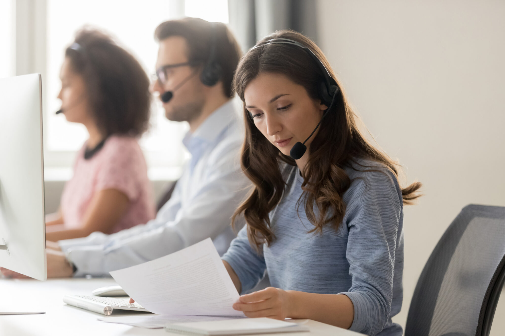 3 Ways A Professional Answering Service Can Address Issues Before They Occur